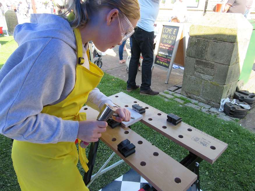 Stone Carving Taster Session - Vintage by the Sea